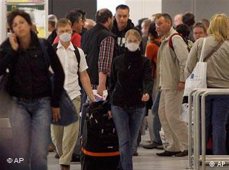 В немецких аэропортах усилены меры безопасности