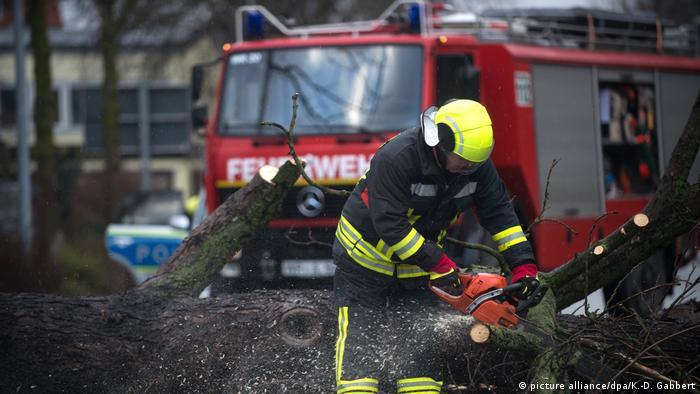 УЗахідній Європі лютий ураган «Фрідеріке» вже забрав 5 життів