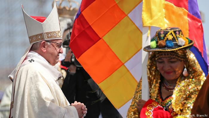 Chile Papst Franziskus weist bei Messe in Iquique auf Not von Einwanderern hin (Reuters/A. Bianchi)