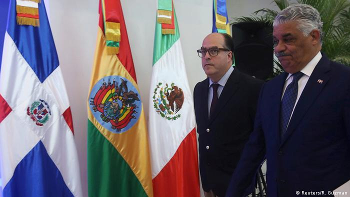 Dominikanische Republik Julio Borges und Miguel Vargas in Santo Domingo (Reuters/R. Guzman)