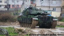 An der Grenze zu Syrien fahren immer mehr türkische Panzer auf