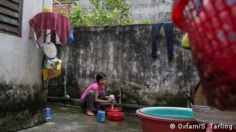 Vietnam Hausarbeit in Ho Chi Minh Stadt (Oxfam/S. Tarling)