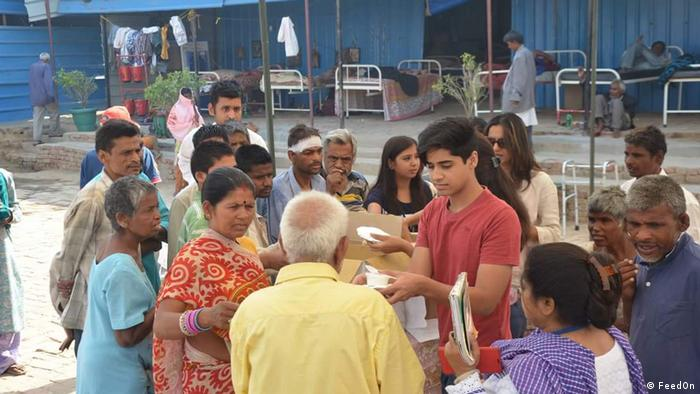 Arjun Sawhney und Jessy Jindal betreiben in Gurgaon, Haryana die Initiative FeedOn (FeedOn)