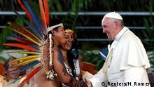 No Peru, primeiro ato do papa foi encontro com indígenas