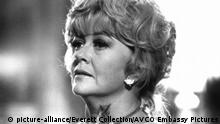 WINTER KILLS, Dorothy Malone, 1979 (picture-alliance/Everett Collection/AVCO Embassy Pictures)