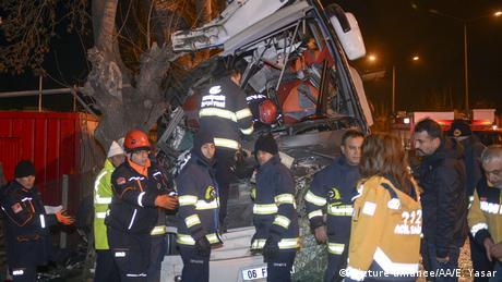 У Туреччині в аварії автобуса загинули щонайменше 11 людей