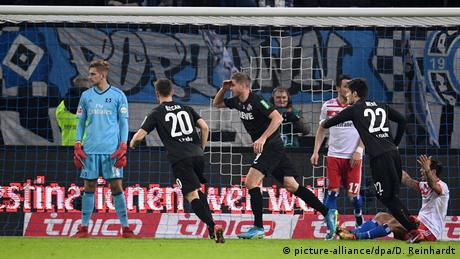 1. Bundesliga - Hamburger SV vs FC Köln (picture-alliance/dpa/D. Reinhardt)
