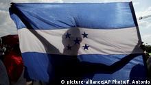 Honduras Tegucigalpa - Protestmarschs zum Präsidentenhaus