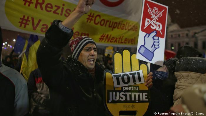 Rumänien Bukarest - Demonstration