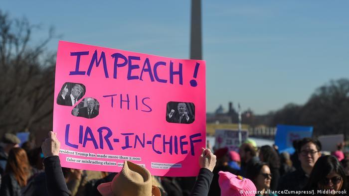 USA Proteste am Jahrestag Amtseinführung Trump (picture-alliance/Zumapress/J. Middlebrook)