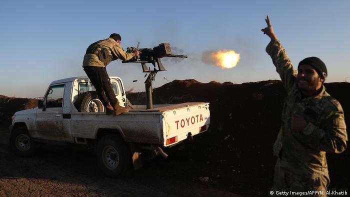 Syrien FSA Kämpfer Angriff auf Afrin
