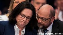 Außerordentlicher SPD-Parteitag SPD-Fraktionsvorsitzende im Bundestag Andrea Nahles und Martin Schulz
