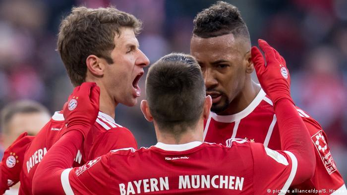 Deutschland Bayern München - Werder Bremen | Müller Jubel (picture alliance/dpa/S. Hoppe)