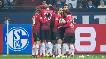 Fußball Bundesliga Schalke Hannover