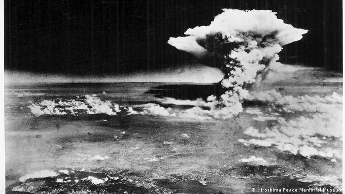 Hiroshima Atombombenabwurf Explosion Atompilz (Hiroshima Peace Memorial Museum)