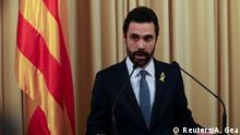 22.01.2018+++ Roger Torrent, Speaker of Catalan Parliament, delivers an statement at regional Parliament in Barcelona, Spain, January 22, 2018. REUTERS/Albert Gea