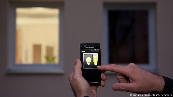 Smart Home (picture-alliance/dpa/K. Remmers)