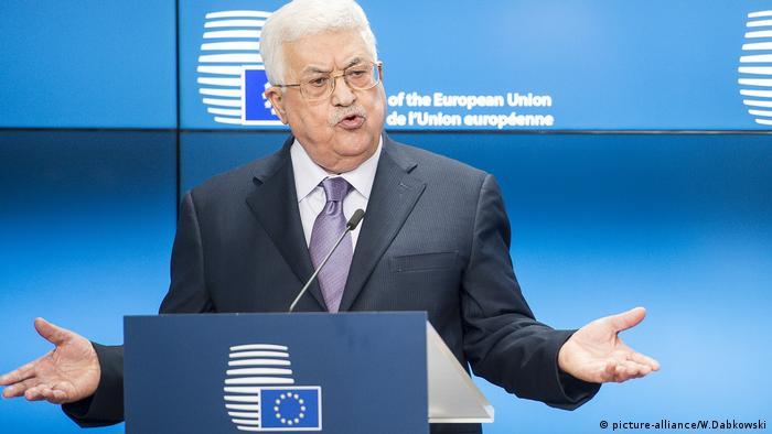 الرئيس الفلسطيني محمود عباس متحدثاً في مقر المجلس الأوروبي ببروكسل نهاية يناير/ كانون الثاني 2018