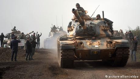 Σε εξέλιξη η τουρκική επέμβαση στη Συρία