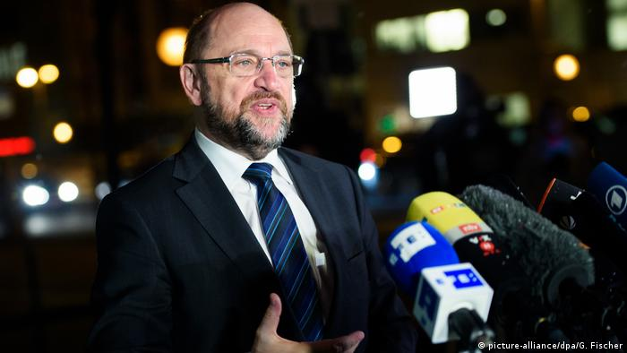 SPD chief Martin Schulz is hoping to secure a deal that advances key policies of his center-left party