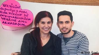 Istanbul - verhaftete Studenten: İpek Özel und Ufuk Aydın im Gefaengnis