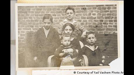 Los hijos de la familia Keller-Moses en la decada de 1920.