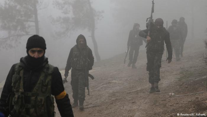 Syrien Türkische Offensive in Nordsyrien nahe Afrin (Reuters/K. Ashawi)