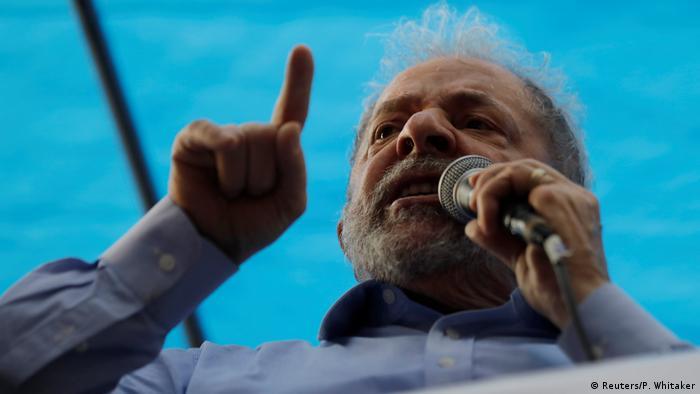 Brasilien Wahlkampf Luiz Inacio Lula da Silva (Reuters/P. Whitaker)