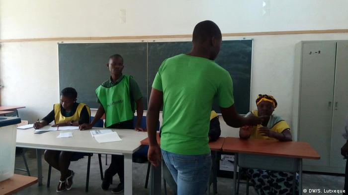 Mosambik Wahlen in Nampula (DW/S. Lutxeque)