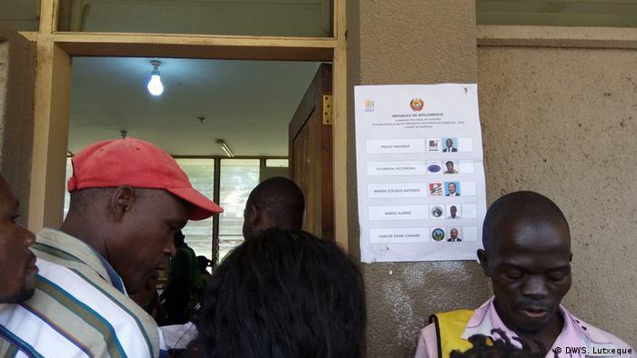 Kandidaten für die Zwischenwahlen in Nampula (DW/S. Lutxeque)