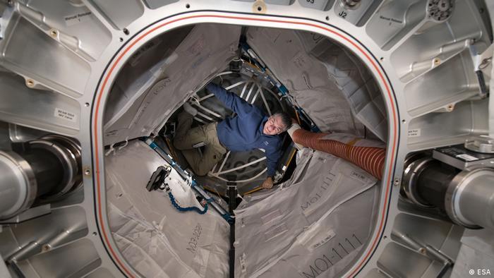 Paolo Nespoli, italienischer Astronaut der Europäischen Raumfahrtagentur (ESA) in der Internationalen Weltraumstation ISS (ESA)