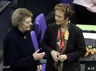 Ministra alemã da Justiça, Herta Däubler-Gemelin (d): TPI é um marco na história do direito internacional.