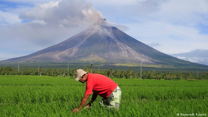 Philippinen Eruption Vulkan Mayon (Reuters/R. Ranoco)