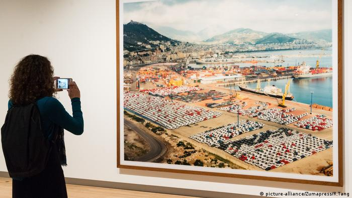 Photograph titled Salerno, 1990 by artist Andreas Gursky (picture-alliance/Zumapress/R.Tang)