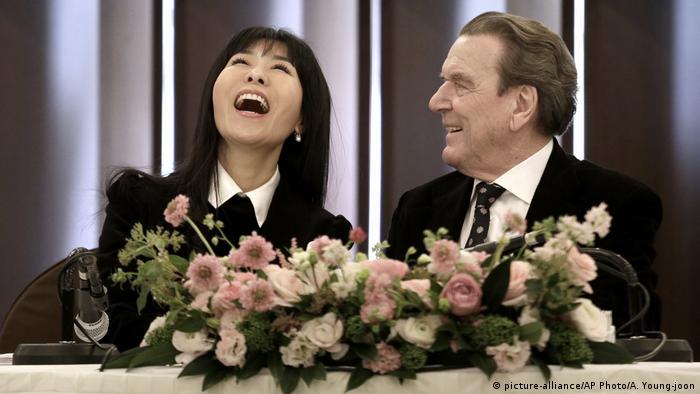 Gerhard Schröder und Kim So Yeon