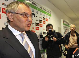Felix Magath nakon konferencije za novinare u Wolfsburgu