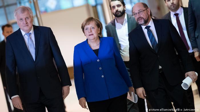 Horst Seehofer (left), Angela Merkel (middle) and Martin Schulz