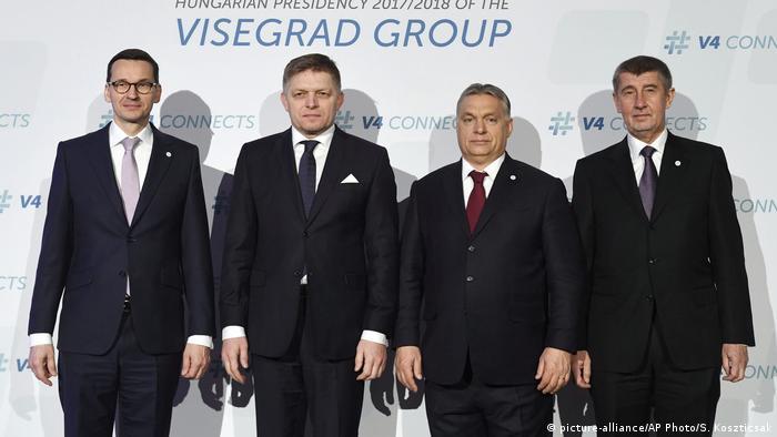 Ungarn Budapest - Regierende der Visegrád-Gruppe (picture-alliance/AP Photo/S. Koszticsak)