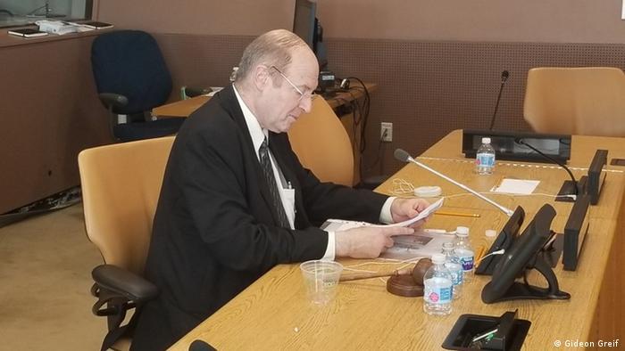 Gideon Greif - Israelischer Historiker bei der Eroeffnung der Ausstellung ueber den Holokaust in der UN
