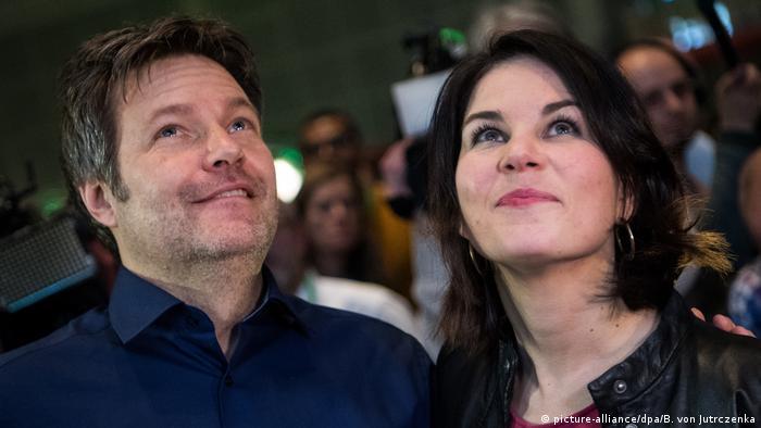 Председателите на Зелените: Роберт Хабек и Аналена Бербок