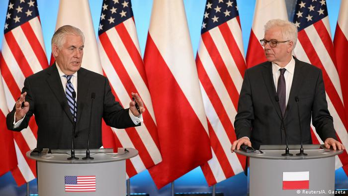 Rex Tillerson at a press conference with Polish Foreign Minister Jacek Czaputowicz.