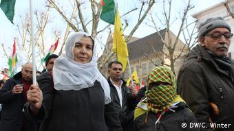 Deutschland Kurden-Demo in Köln (DW/C. Winter)