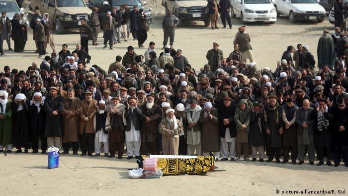 Tag der Trauer nach Taliban-Anschlag in Kabul Afghanistan (picture-alliance/dpa/R. Gul)