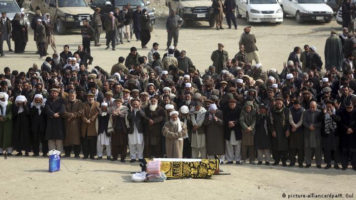 Tag der Trauer nach Taliban-Anschlag in Kabul Afghanistan (picture-alliance/dpa/R. Gul)