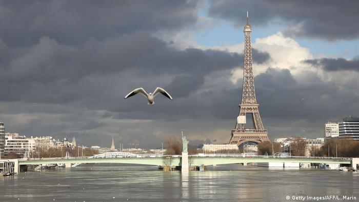 Flooding on the Seine River in Paris, France (Getty Images/AFP/L. Marin)