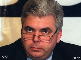 Socialist Group in the European Parliament Member. Romania. Archiv: Adrian Severin, the head of an OSCE delegation visiting Serbia during parliamentary elections, talks at a press conference in Belgrade on Sunday, Dec. 24, 2000. Severin and other officials commended the vote as free and fair'' but warned Serbs of huge work ahead to accomplish full democracy''. (AP PHOTO /Mikica Petrovic)