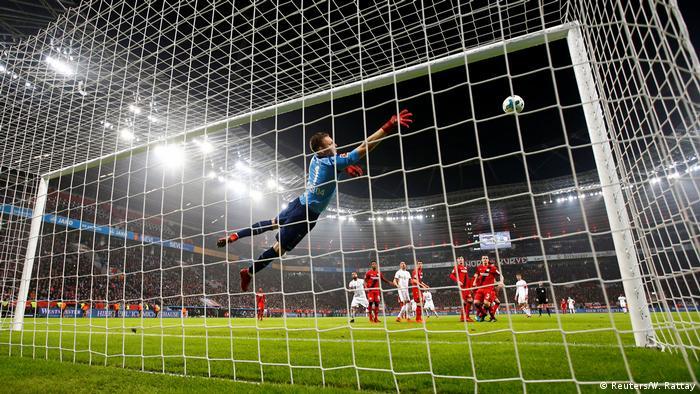 Fußball Bundesliga   20. Spieltag   Leverkusen - Mainz (Reuters/W. Rattay)