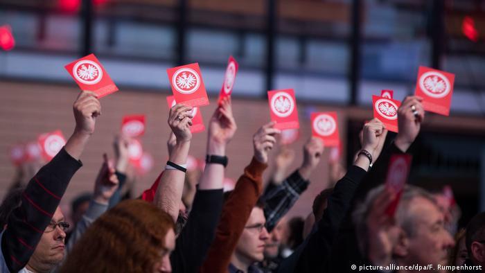 Deutschland | Mitgliederversammlung von Eintracht Frankfurt