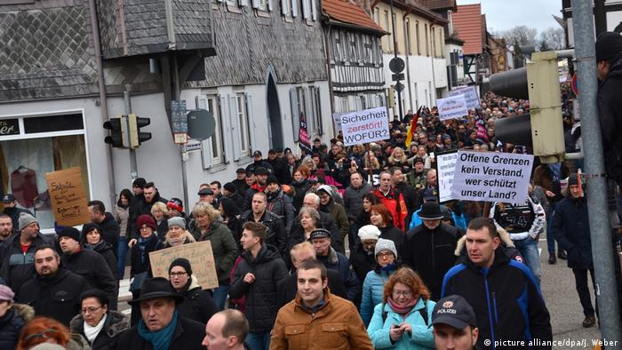 Demonstrationen in Kandel (picture alliance/dpa/J. Weber)