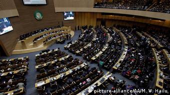 Äthiopien Addis Abeba Afrikanische Union Gipfel Guterres (picture-alliance/AA/M. W. Hailu)